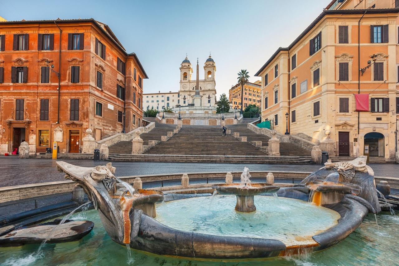 המדרגות הספרדיות ברומא, איטליה