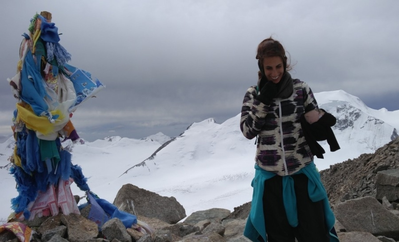 בפסגת הר מלצ'ן המושלגת, במונגוליה
