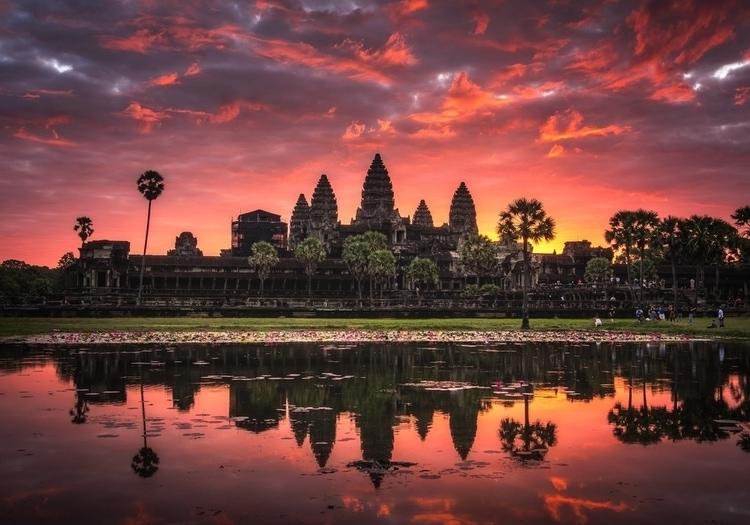 מקדש אנגקור וואט בשקיעה, קמבודיה: הבלוג של כספי טורס