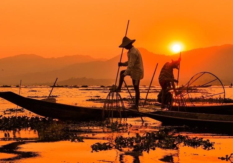 מיאנמר, דייגים בשקיעה - הבלוג של כספי טורס