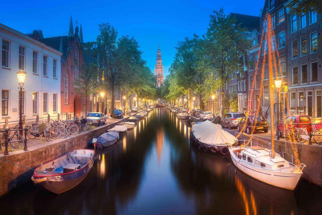 Amsterdam canal (1280x)